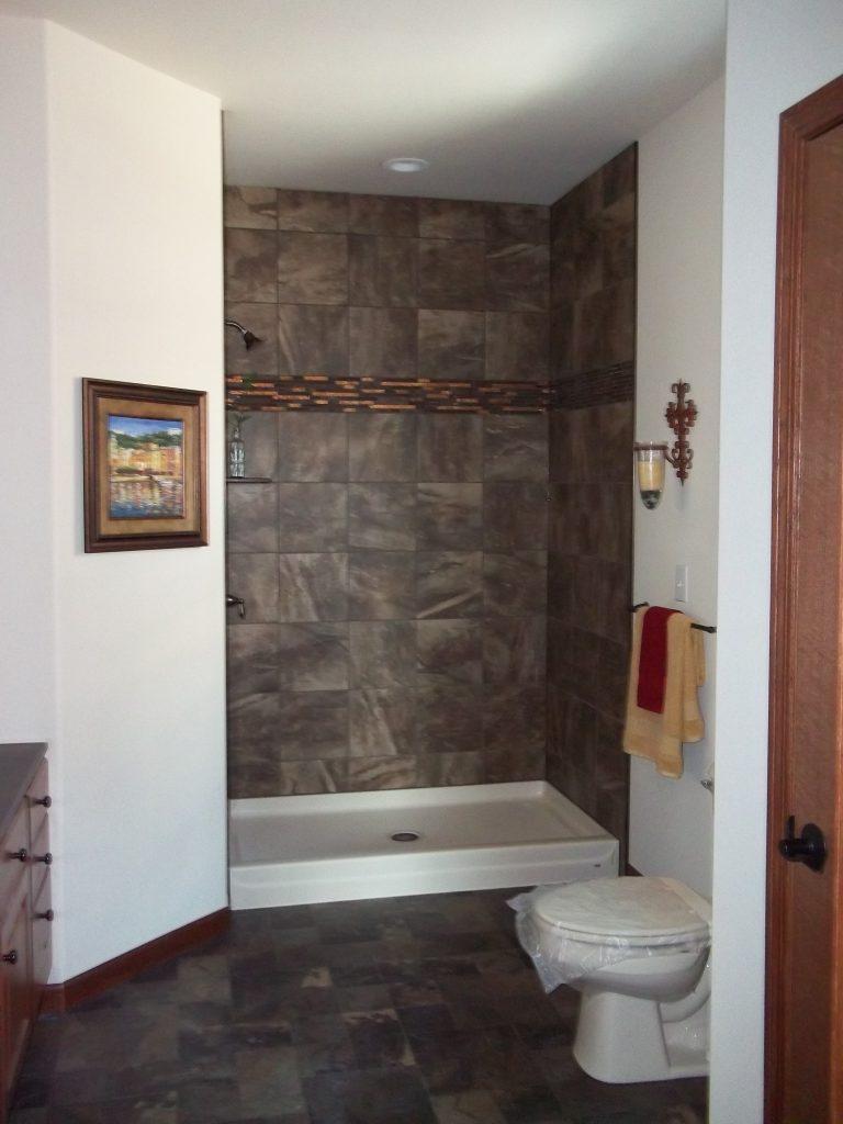 Dynamic Homes 28x64 Riverwood Anderson Homes Inc